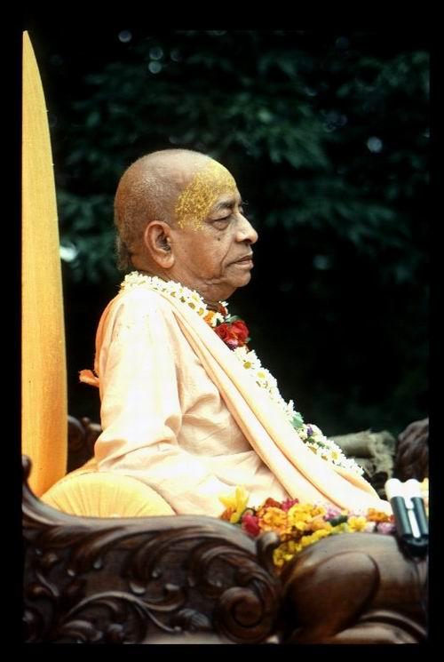 Srila Prabhupada in NV June 1976