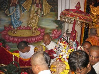 chota Radha Madhava get ready for Their parade