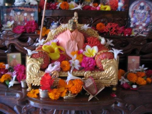 Hsd Deity of Prabhupada