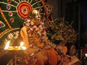 Srila Prabhupada in the Puspa Samadhi