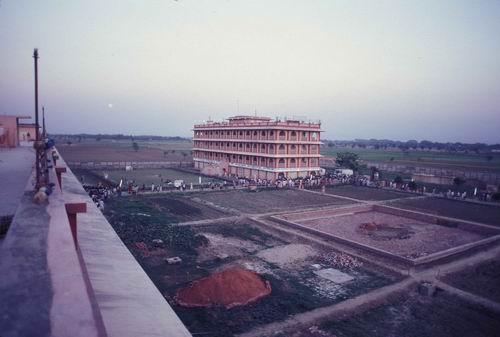 1980 - Lotus building